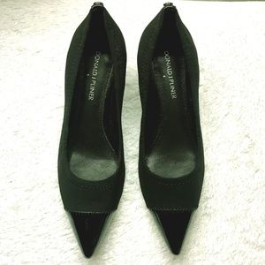 Donald J. Pliner Black Heels Pointed Toes LIKE NEW